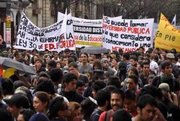 Jueves de DESLINDE: Memoria histórica del movimiento estudiantil colombiano